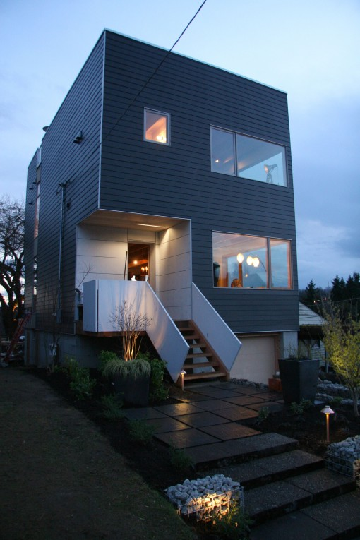 Seattle s prefab green home market aia seattle design for Prefabricated homes seattle